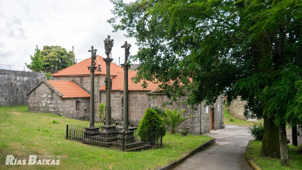 Calvario e iglesia de Sta. María de Castro Barbudo