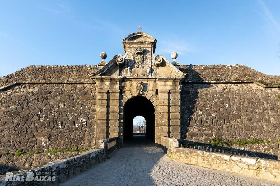 Portas da Coroada